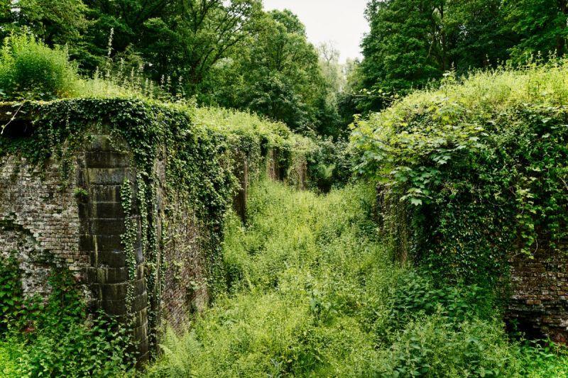 <strong>Belgie. Palingbeek</strong><br><p>Oude sluis, ooit commandopost, veband en schuilplaats. Overblijfsel van WO I.</p>