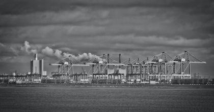 <strong>Nederland, Rotterdam, Maasvlakte terminaloverslag</strong>